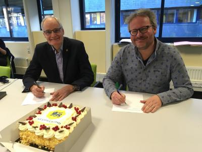 Ondertekening contract intranet